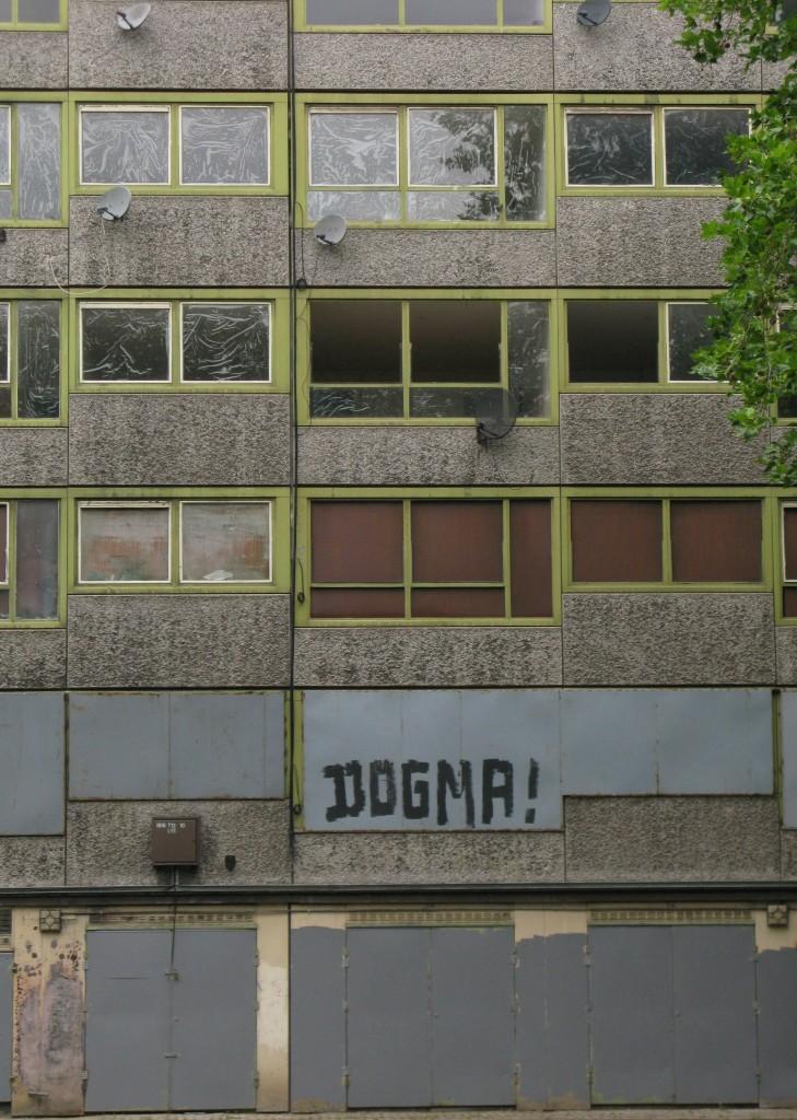 Heygate Estate in summer 2012 (© London Intelligence)