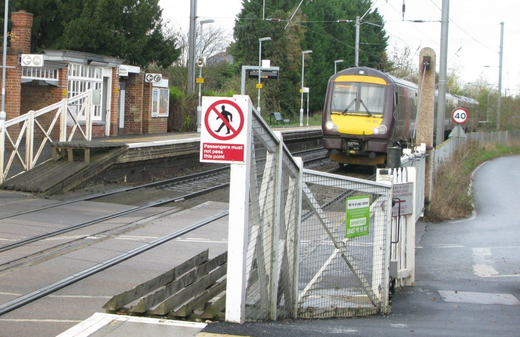 Cross Country 170397 about to pass over the Elsenham level crossings (© London Intelligence)