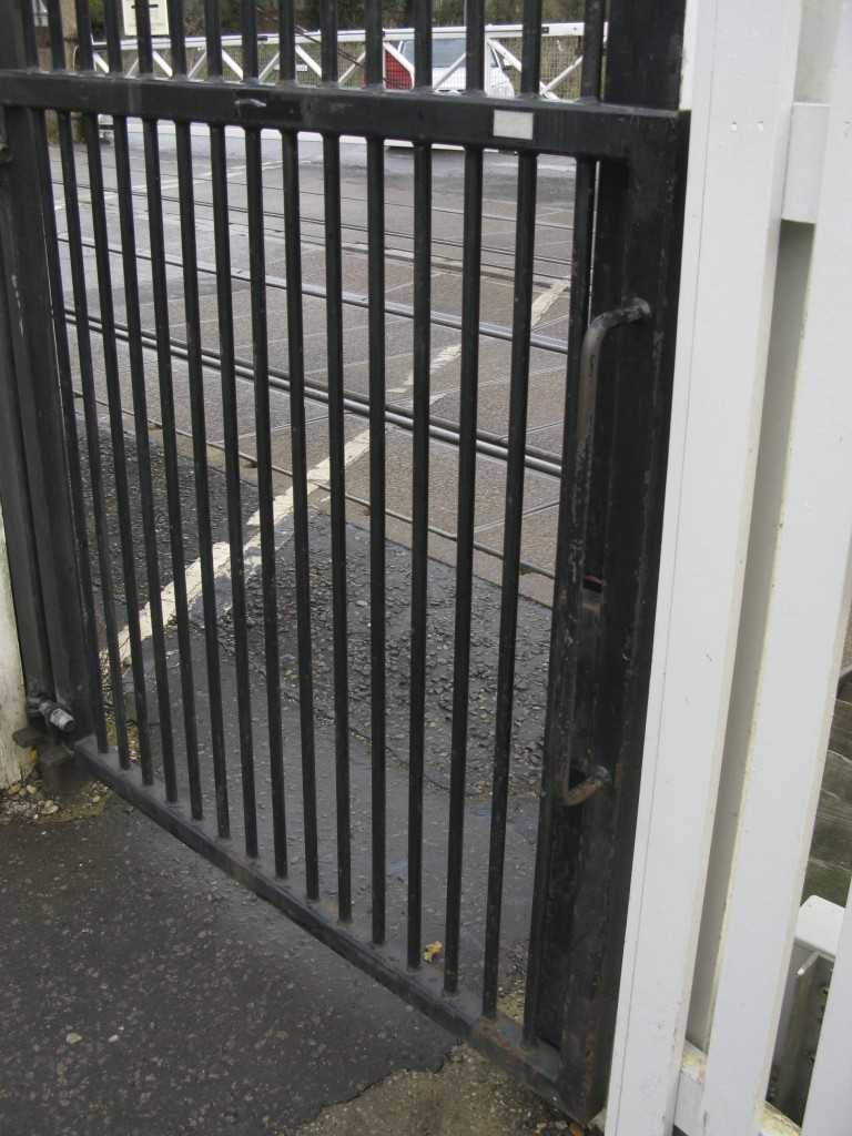 Footpath crossing gates now lock and interlock with signalling (Photo: © London Intelligence)