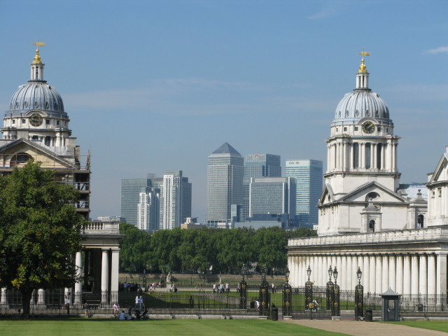 The banking cluster of towers at Canary Wharf viewed from Greenwich  © London Intelligence