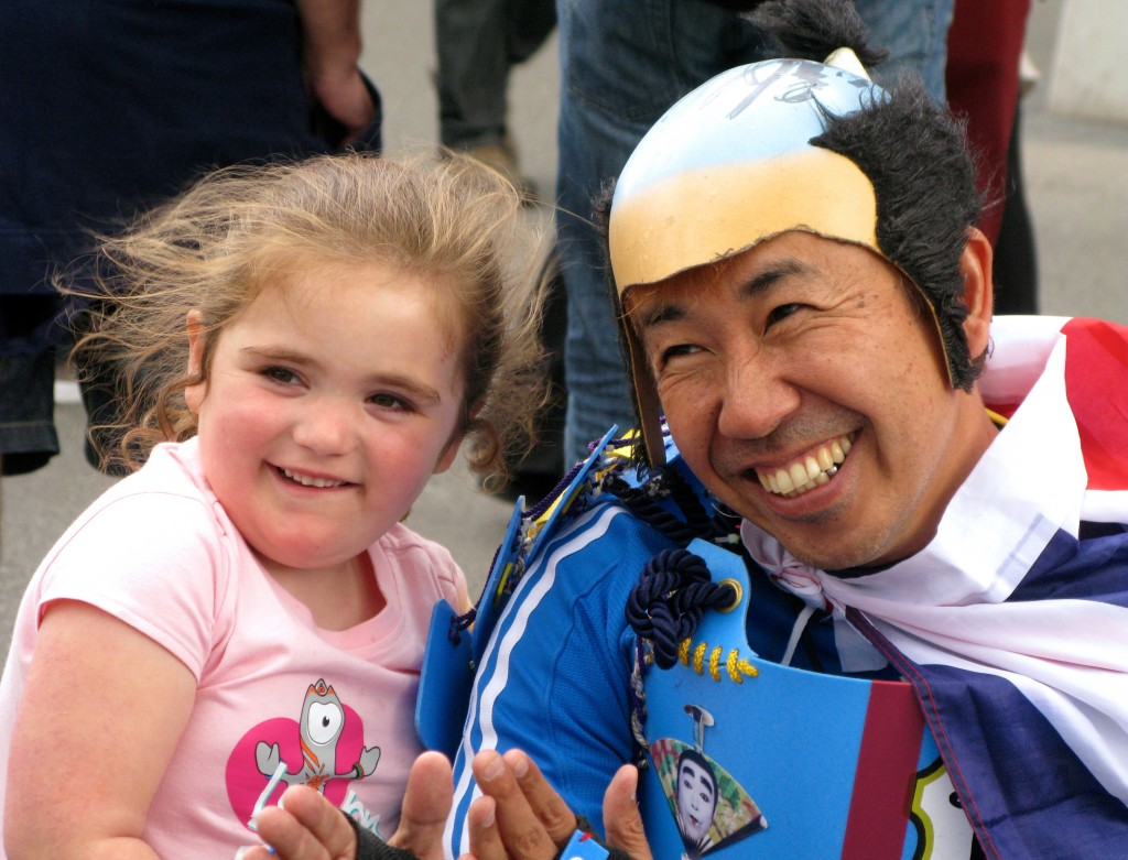 Japan fan and child at London 2012 (© London Intelligence 2012)